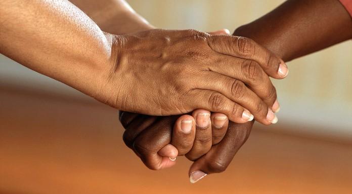 Cómo apoyar a un amigo durante una crisis de salud