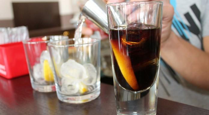 Beber refresco de cola diario puede elevar el riesgo de cáncer