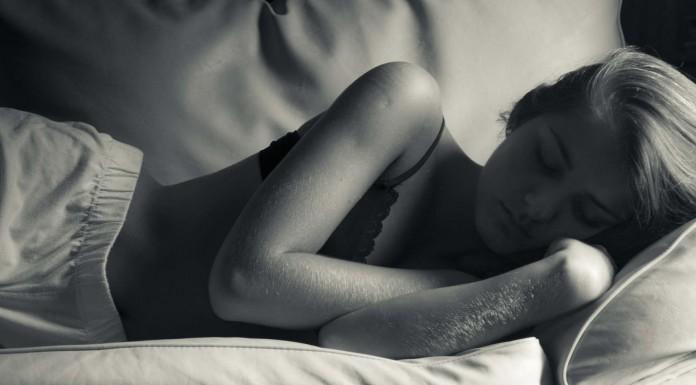 ¿La hipnosis puede ayudar a mejorar el sueño?