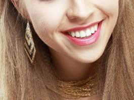 8 trucos para tener unos dientes blancos y saludables