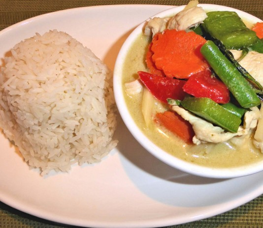 Comer las proteínas antes que los carbohidratos puede bajar la glucosa después de las comidas Mayo 2015