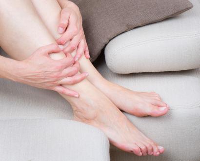 10 maneras a aliviar y prevenir la pesadez de piernas