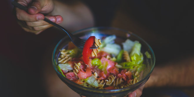 ¿Sabías que una dieta equilibrada es fundamental para una buena salud mental?