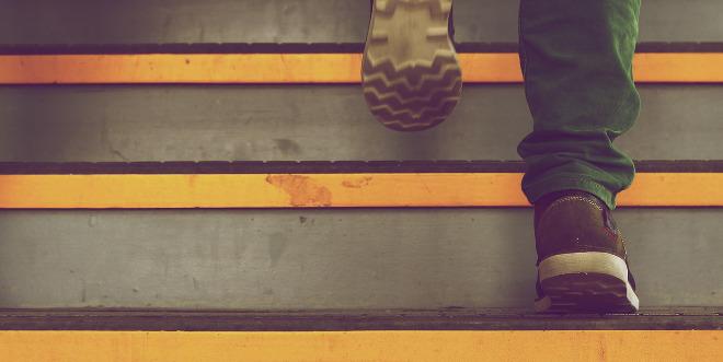 6 razones para usar las escaleras y pasar del ascensor