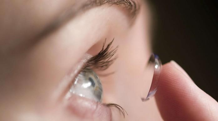 Cómo prevenir infecciones oculares si usas lentes de contacto
