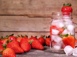 Agua de fresas para desintoxicar el organismo ¡Deliciosa!