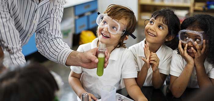 La Importancia de enseñar Ciencia en las Escuelas. 2