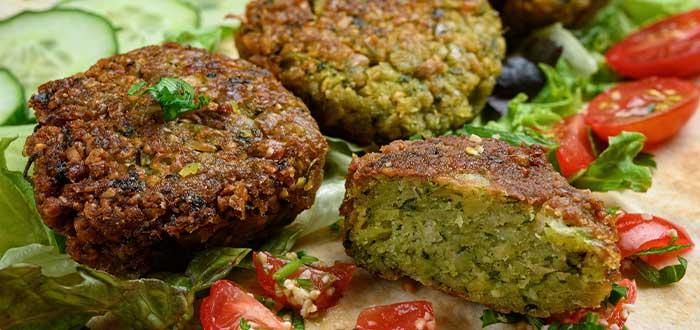 comida griega saludable falafel